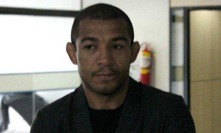 José Aldo fala sobre convite para enfrentar McGregor em março