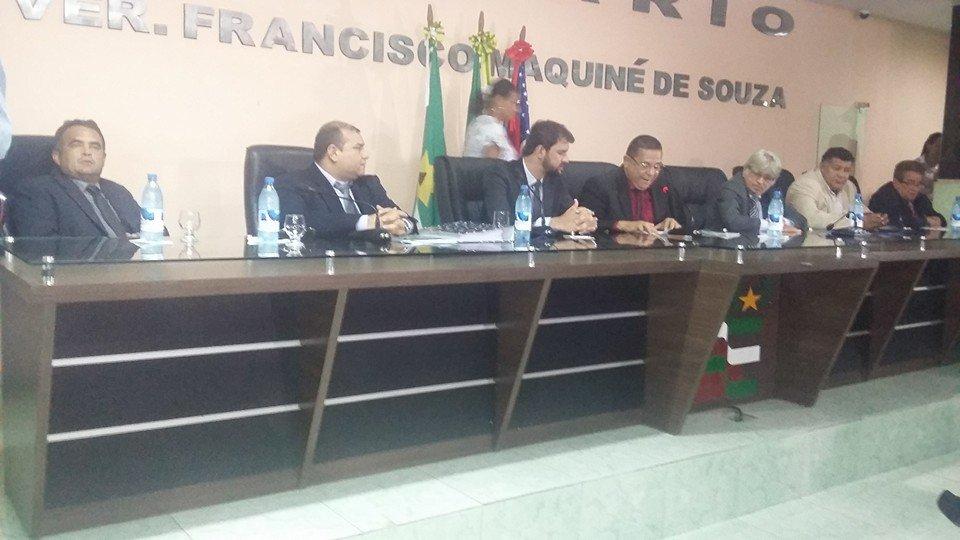 Xinaik Medeiros tem mandato cassado pela Câmara Municipal de Iranduba