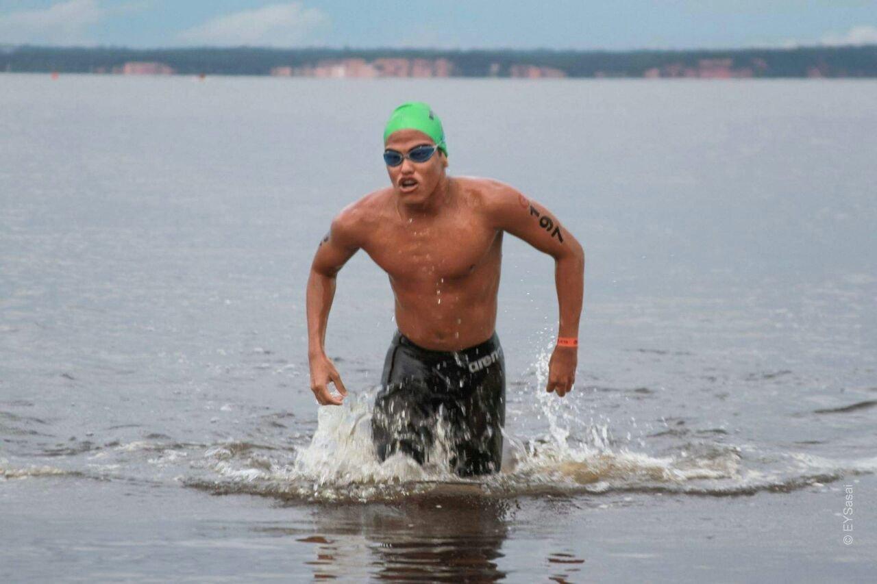 Amazonense Vitor Gadelha disputa ultramaratona aquática no Paraná