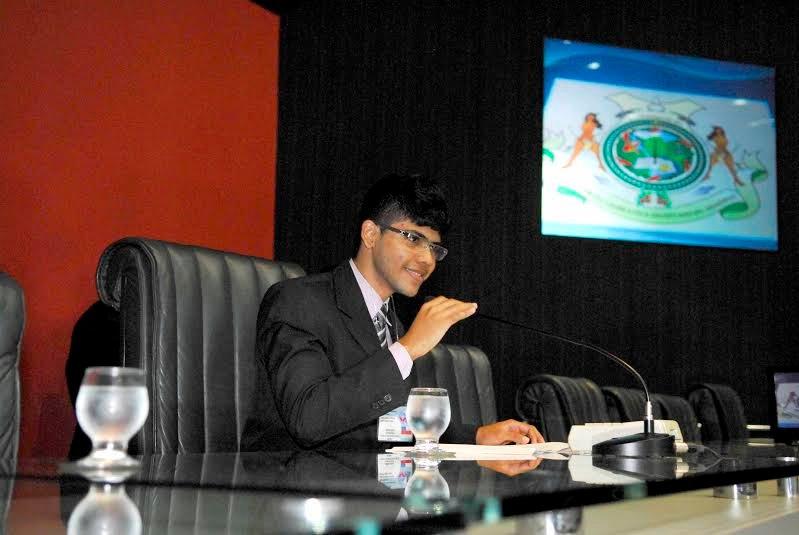 Adriano Nascimento, presidente do Parlamento Jovem 2016, quer seguir carreira política