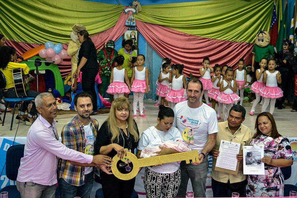 """Benjamin lança """"Semana do Bebê"""" e o  Plano Municipal para a Primeira Infância"""