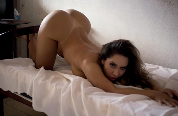 Mulher Melão recebeu R$ 5 mil para posar nua
