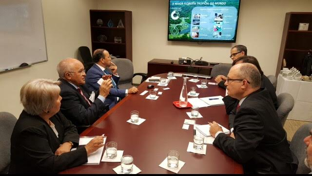 Em Washington, José Melo articula US$ 350 milhões para o Amazonas
