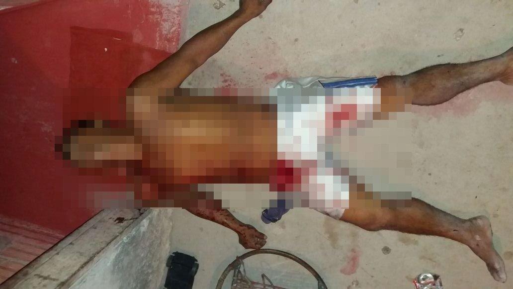 Homem é morto com facada no peito, na Zona Leste de Manaus