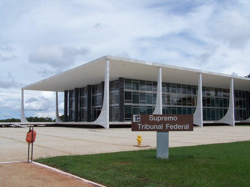 STF decide que prefeitos com contas rejeitadas podem se candidatar
