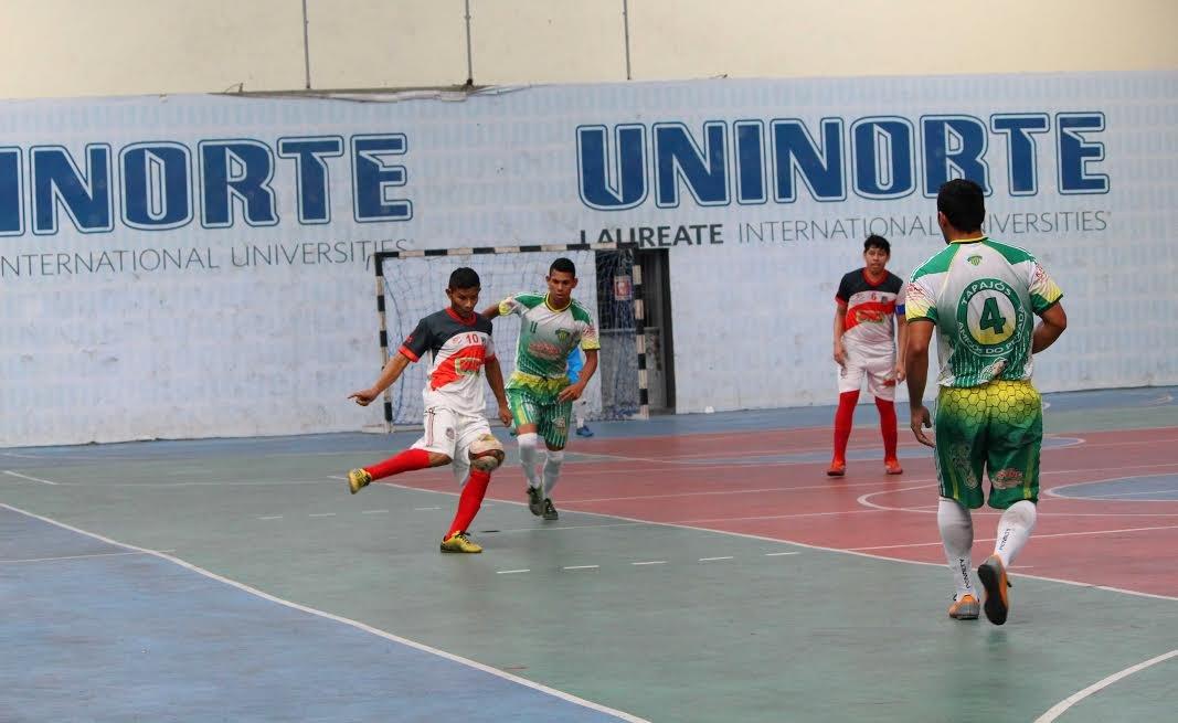 Show de gols na abertura da 1ª Copa Edinho Negreiros de Futsal Adulto Masculino, em Manaus