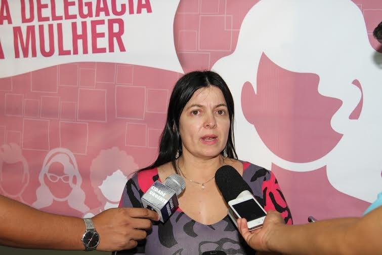 Delegada convida a sociedade para participar de campanha em comemoração aos 10 anos da Lei Maria da Penha