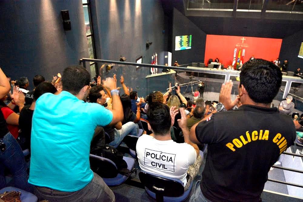 Policiais civis buscam apoio do Parlamento em luta por melhoria salarial