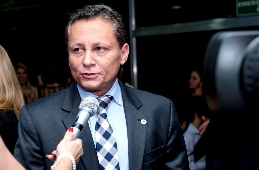Adjuto Afonso alerta para prazo de adesão ao Simples Nacional
