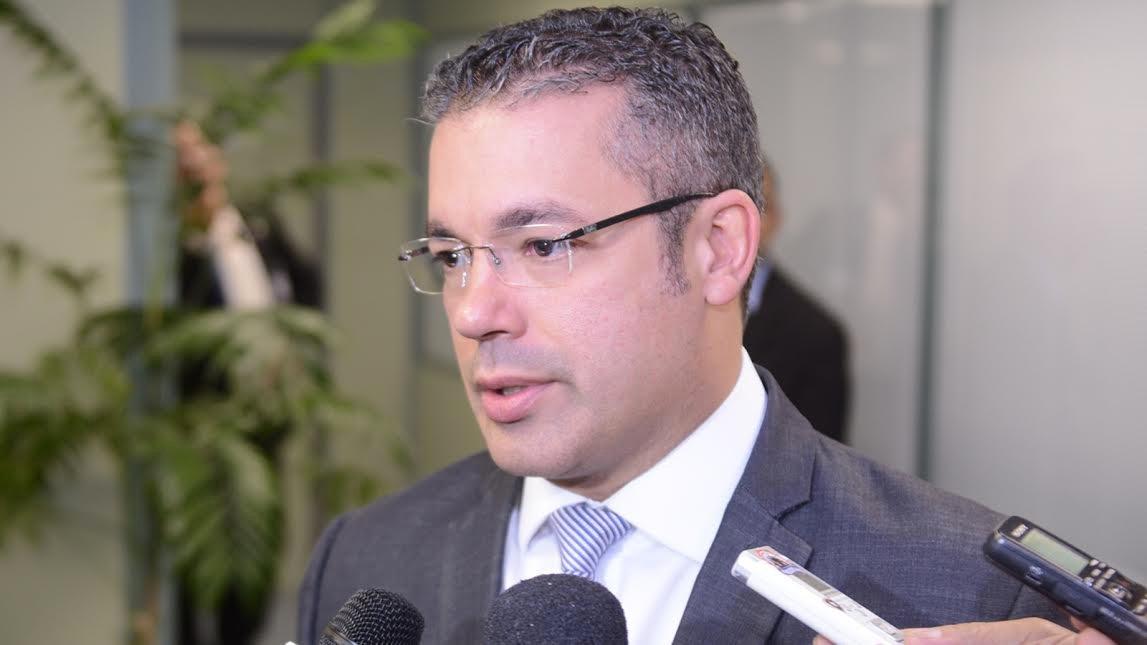 Josué Neto destina R$ 773,4 mil para Saúde, Educação e Cultura em Manaus