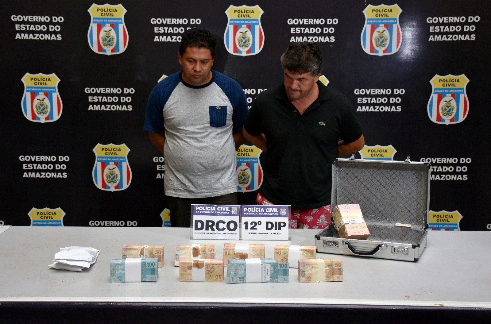 Presa dupla que entregou R$ 300 mil em notas falsas a assessor da Prefeitura de Eirunepé