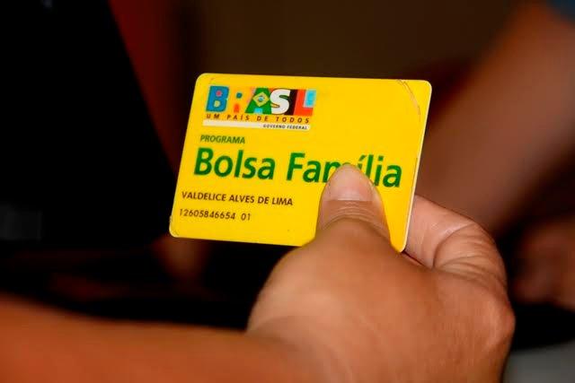 """Encontro pretende avaliar os """"13 anos do Programa Bolsa Família"""" no Amazonas"""
