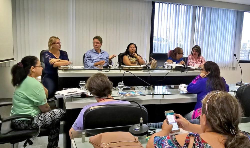 Comitê define agenda em defesa da Vara que atua nos crimes sexuais contra crianças e adolescentes