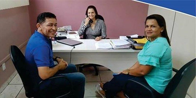 Prefeito de Itamarati se reúne com secretaria estadual de assistência social