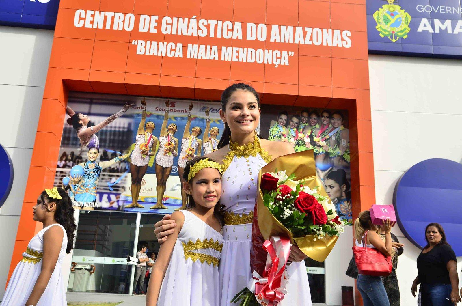 Ex-ginasta da seleção brasileira, Bianca Maia Mendonça ministra Clínica de Iniciação em Ginástica Rítmica em Manaus