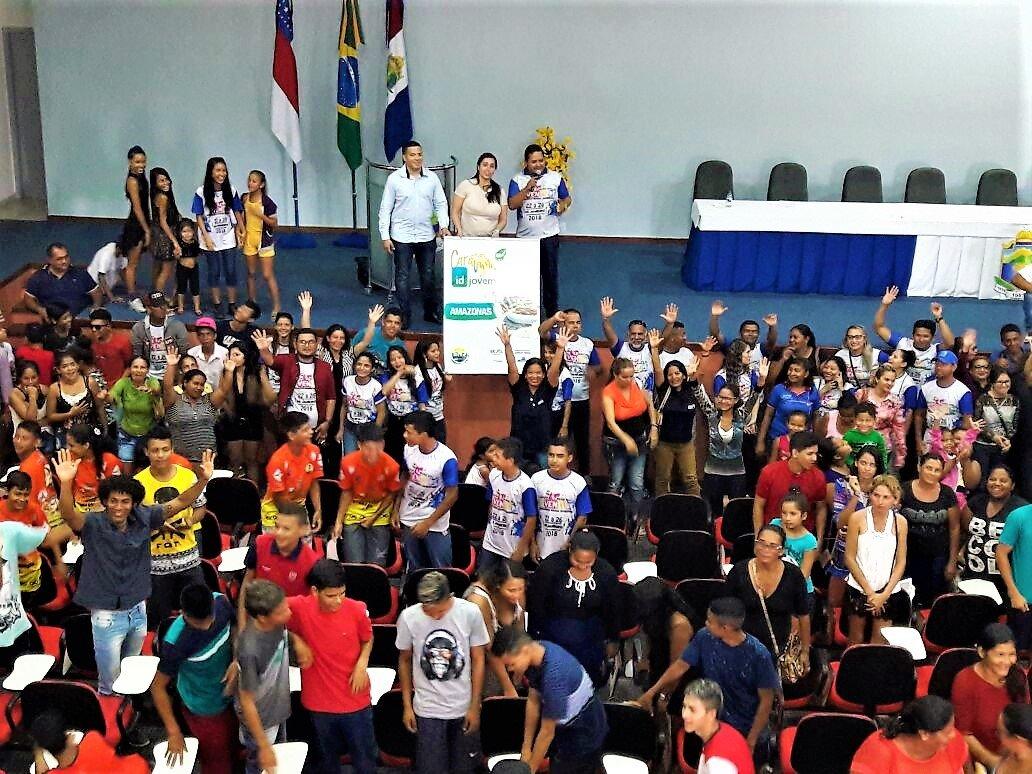 Caravana do ID Jovem movimenta cerca de 1400 pessoas e beneficia 13 mil jovens em Coari