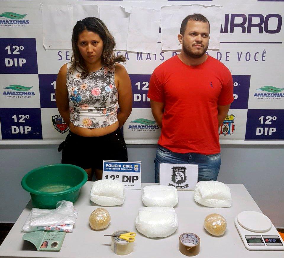 Polícia Civil prende foragido da Justiça e mulher envolvidos com o tráfico de drogas na cidade