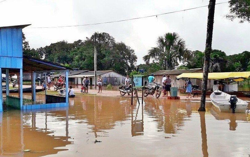 Luiz Castro alerta para a enchente no município de Apuí