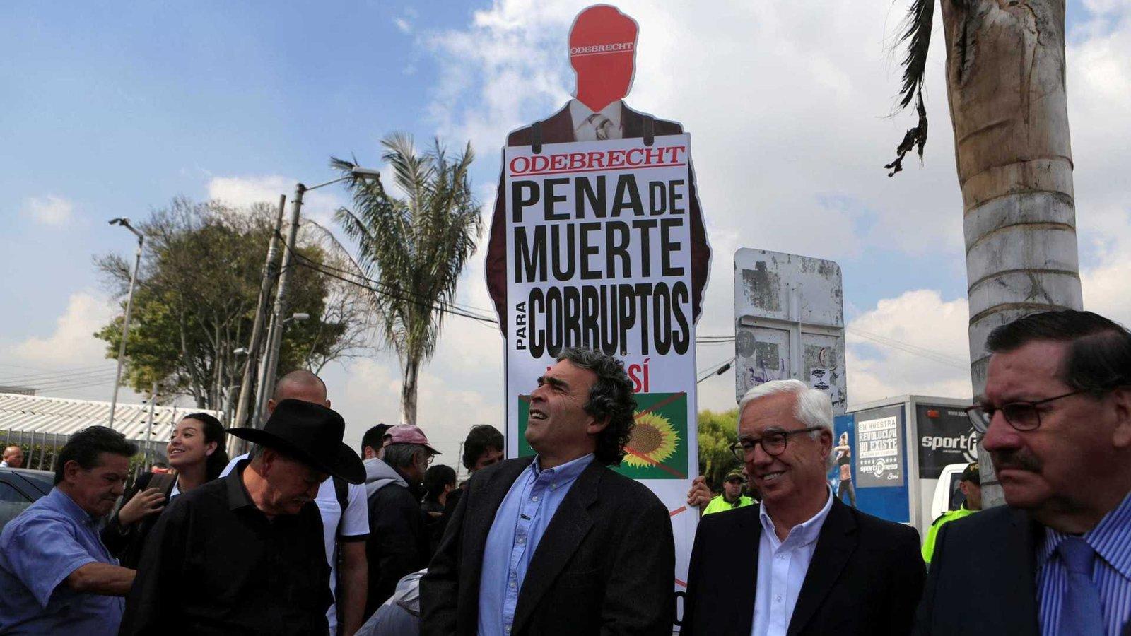 Colômbia vai às urnas na 1ª eleição após acordo com Farc