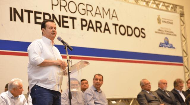 """Iranduba firma convenio com Governo Federal para aderir ao Programa """"Internet Para Todos"""""""
