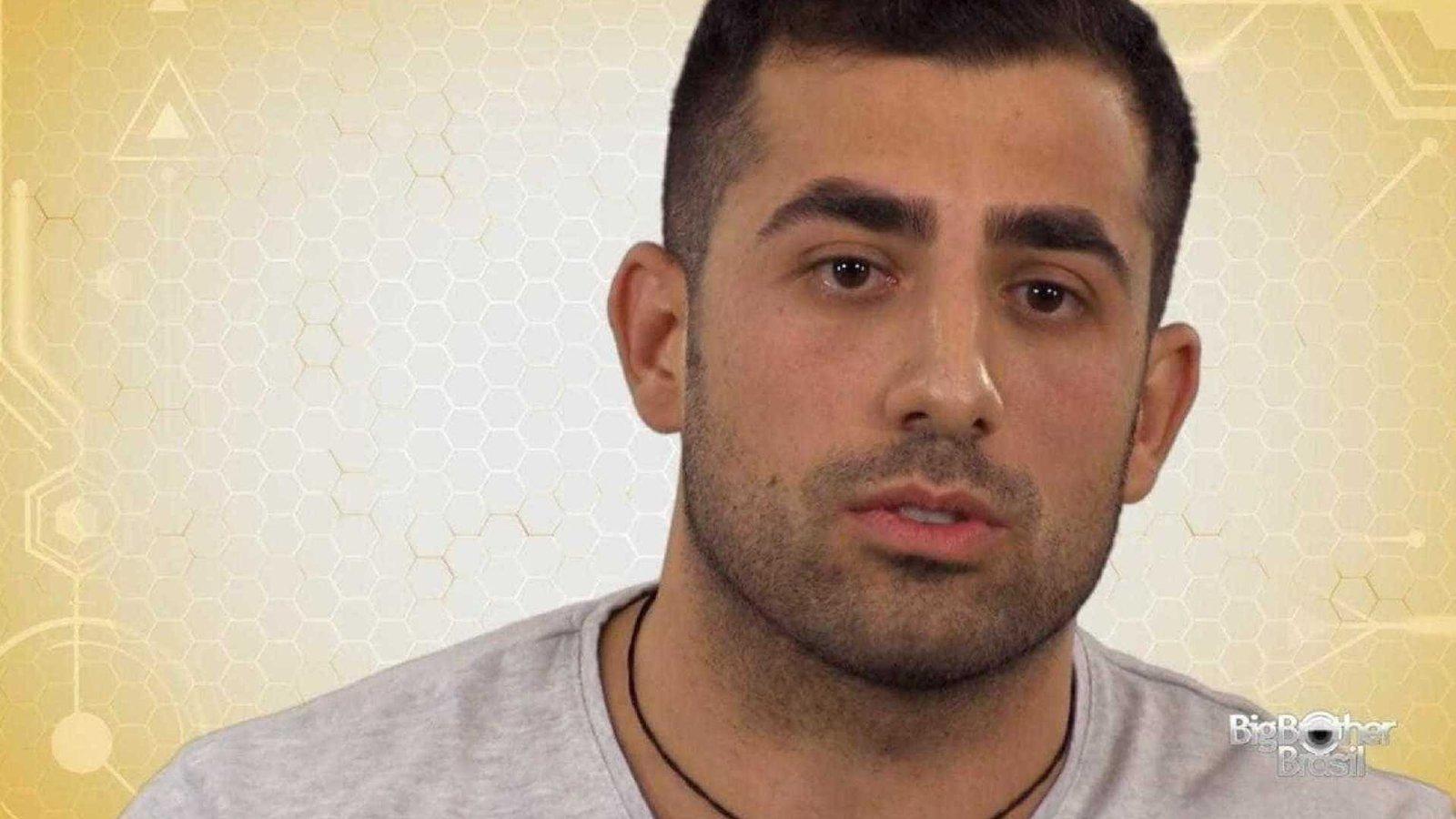 BBB18-Sem ver o filho há 8 anos, mãe de Kaysar manda recado: 'Que ele vença'