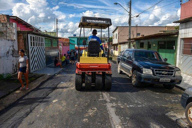 Mais de cem ruas do Mutirão recebem obras de tapa-buraco