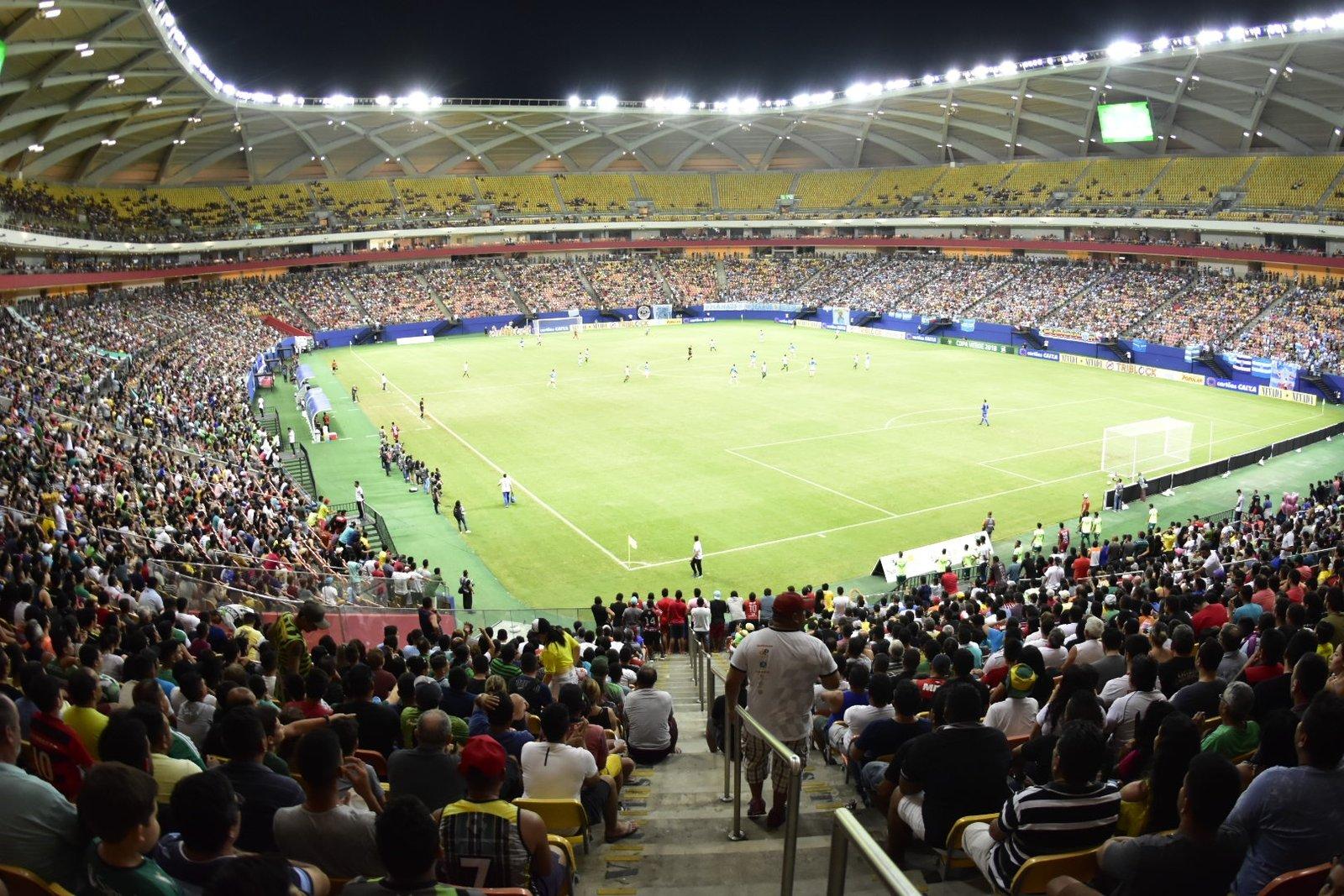 Manaus F.C. e Paysandu reúne mais de 20 mil torcedores na Arena da Amazônia
