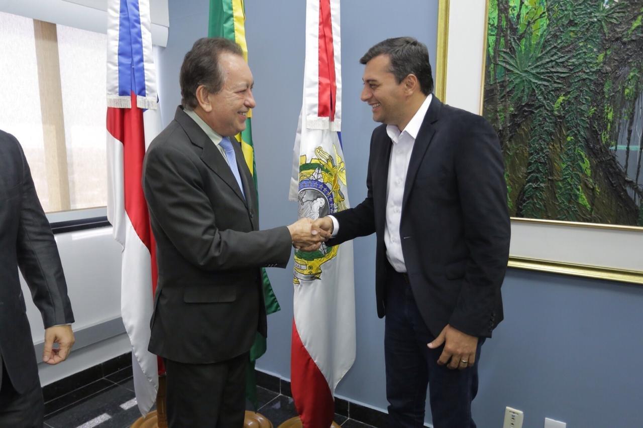Governador eleito, Wilson Lima, faz visita de cortesia ao presidente do TJAM, Yedo Simões