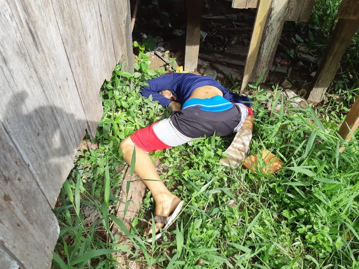 Corpo de homem é encontrado nos fundos de uma casa no interior do AM