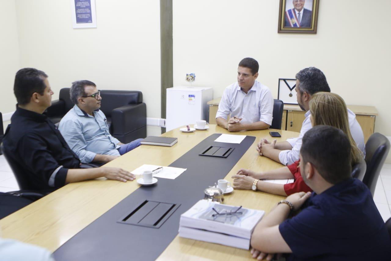 Secretário Marcos Rotta reúne com membros da equipe de transição do governador eleito
