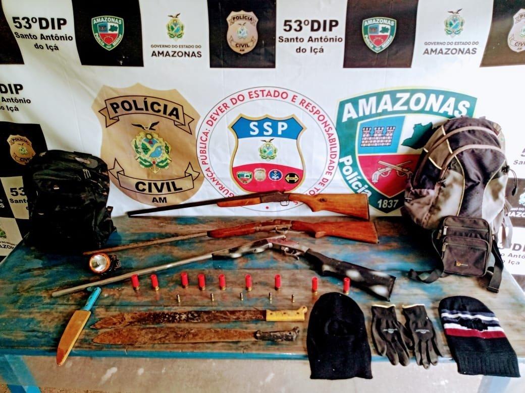 Armas e munições são apreendidas pela Polícia Militar durante operação em de Santo Antônio do Içá