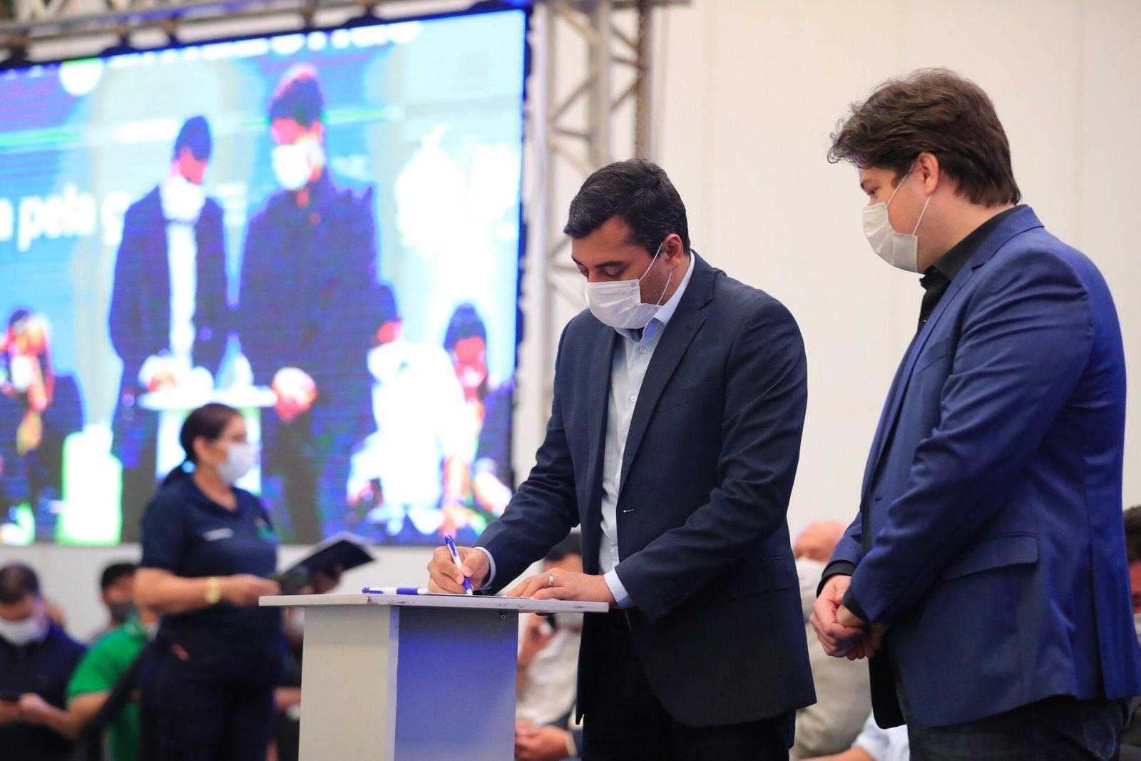 Servidores da rede estadual de ensino,  ganharão 14º e 15º salários com novo projeto do Governador Wilson Lima
