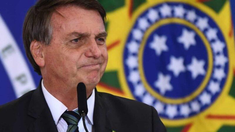 Mesmo sem apresentar provas, Bolsonaro volta falar de fraudes em eleições