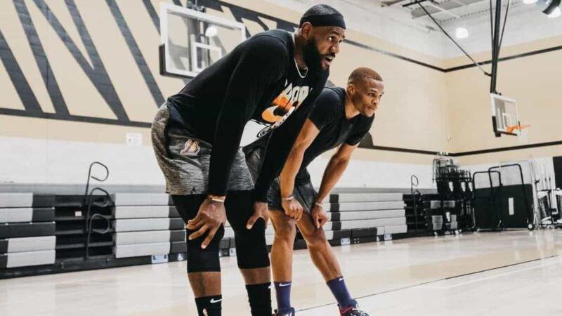 LeBron James e Westbrook já treinam juntos mirando temporada da NBA pelos Lakers