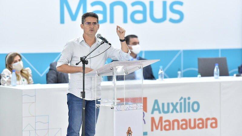 Cumprindo proposta do início da gestão, prefeito David Almeida prorroga 'Auxílio Manauara' por mais três meses